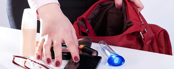 7 Essential Safety Items Every Woman Should Have in Her Purse